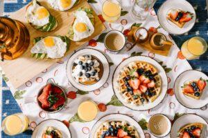 Reichhaltiges Frühstück mit Christoph Vogt unabhängiger Finanzberatung für Geldanlage und Vermögensverwaltung mit hoher Rendite und hoher Sicherheit