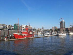 Hafen Hamburg Christoph Vogt Geldanlage Negativzins vermeiden sichere Fonds Investmentfonds Kontakt aufnehmen